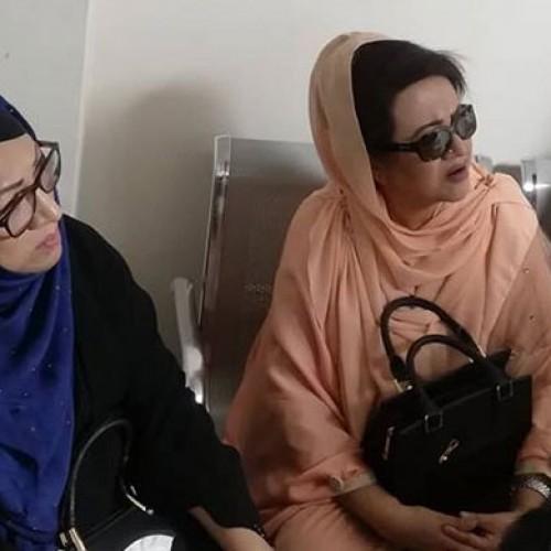 আমজাদ হোসেনকে দেখতে হাসপাতালে  সুচন্দা-ববিতা-চম্পা